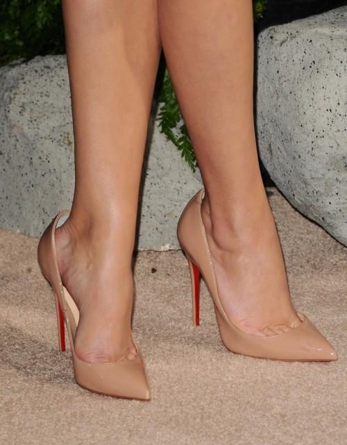 Reese-Witherspoon-Feet-1132c4041c9aa19640.jpg