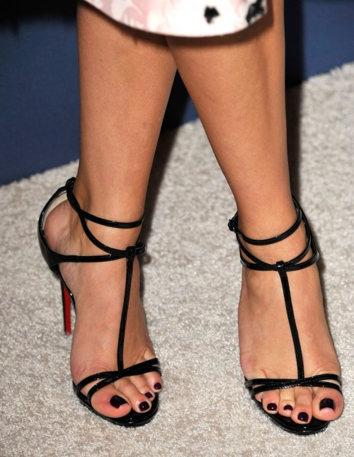 Reese-Witherspoon-Feet-17a9407e11683b2a5d.jpg