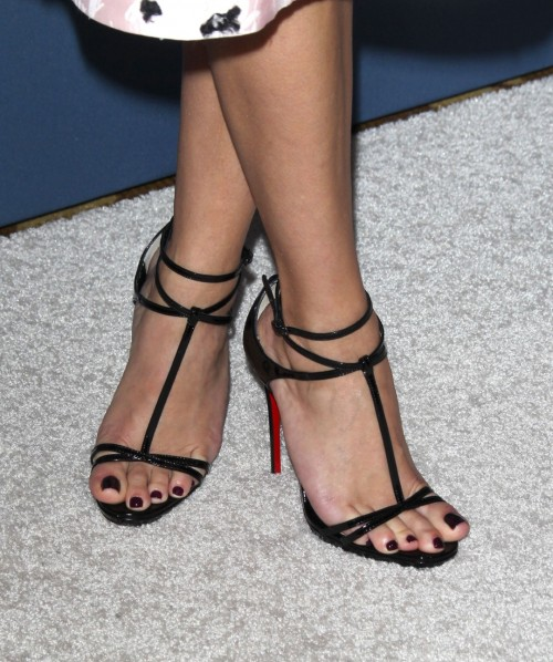Reese-Witherspoon-Feet-18f281168affcd00d6.jpg