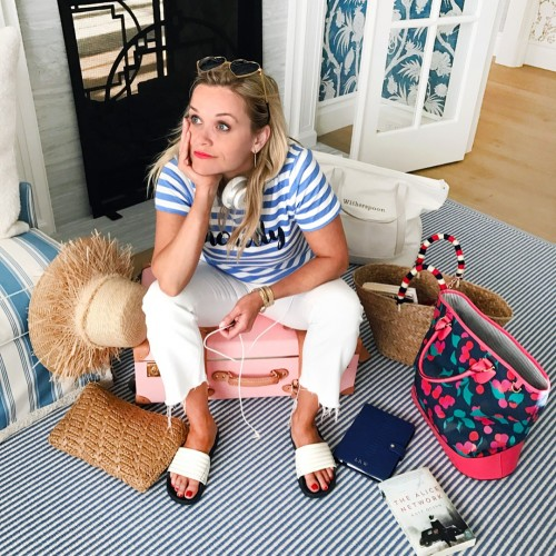 Reese-Witherspoon-Feet-23d10dc9484102f24a.jpg