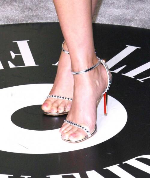 Reese-Witherspoon-Feet-3720b1ec7725f47b20.jpg