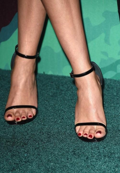 Reese-Witherspoon-Feet-9062c5af65d6172d9.jpg