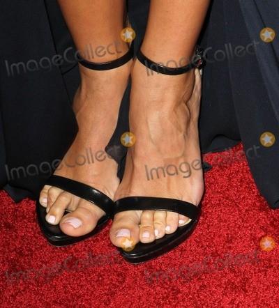 Renee-Bargh-Feet-1075e2d14e6c7195f2.jpg