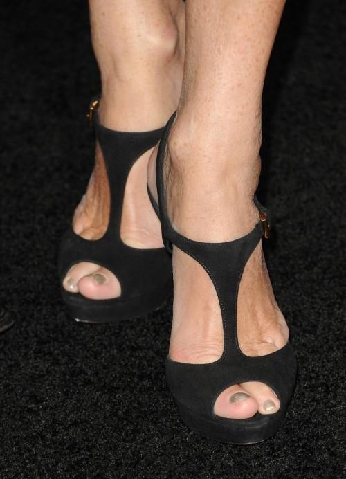 Rita-Wilson-Feet-3fa91e1d4b600fdb0.jpg