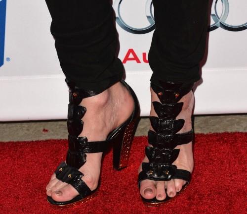 Rita-Wilson-Feet-64c80fb4b00c74547.jpg