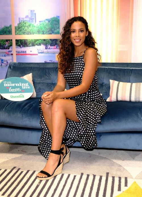 Rochelle-Humes-Feet-5f2aed9696828dac8.jpg