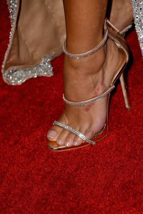 Rocsi-Diaz-Feet-22d5b530286fc22594.jpg