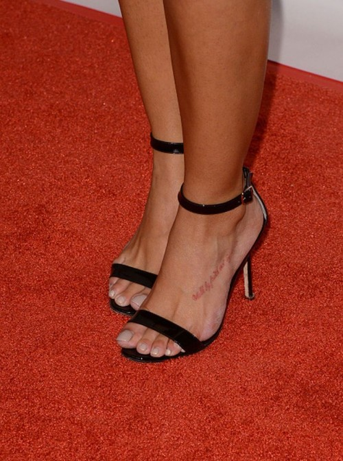 Rocsi-Diaz-Feet-close-up-105812614209bd46e5.jpg