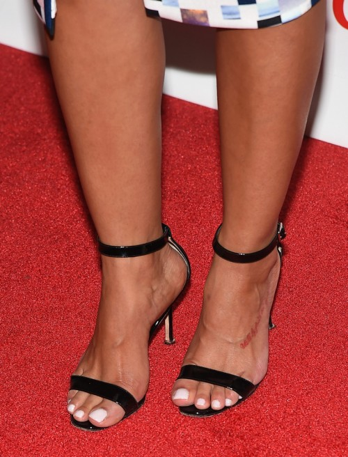 Rocsi-Diaz-Feet-close-up-131133cea483aa1459.jpg