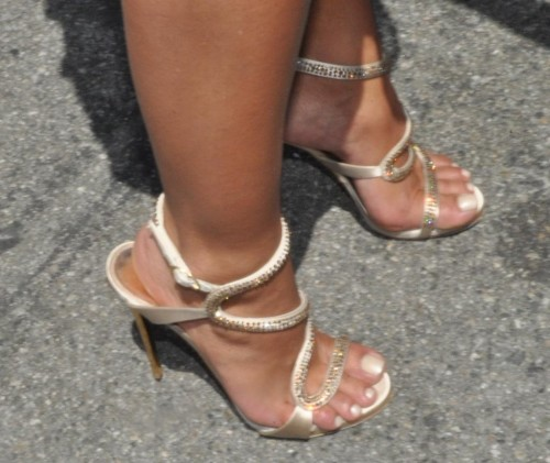 Rocsi-Diaz-Feet-close-up-27fc0a2d8941251b1.jpg