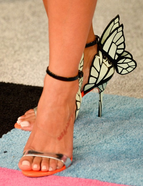 Rocsi-Diaz-Feet-close-up-3ce60a1a10990c01a.jpg