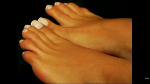 Rocsi-Diaz-Feet-close-up-447b17ac800f6791a.jpg