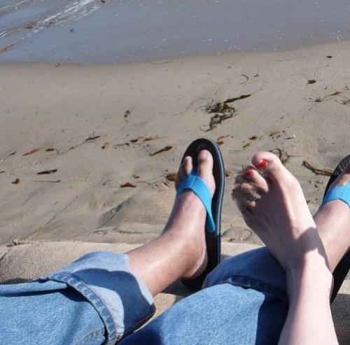 Rose-McGowan-Feet-165ae2a5d228af6516.jpg