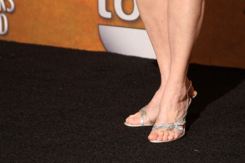 Sally-Field-feet-5bf1b5f4bcf4f22be.jpg