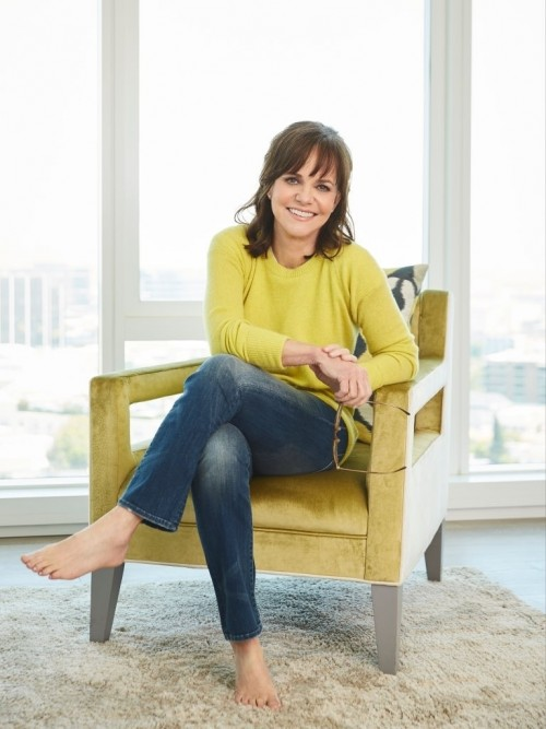 Sally-Field-feet-969dd3bb786fc781a.jpg