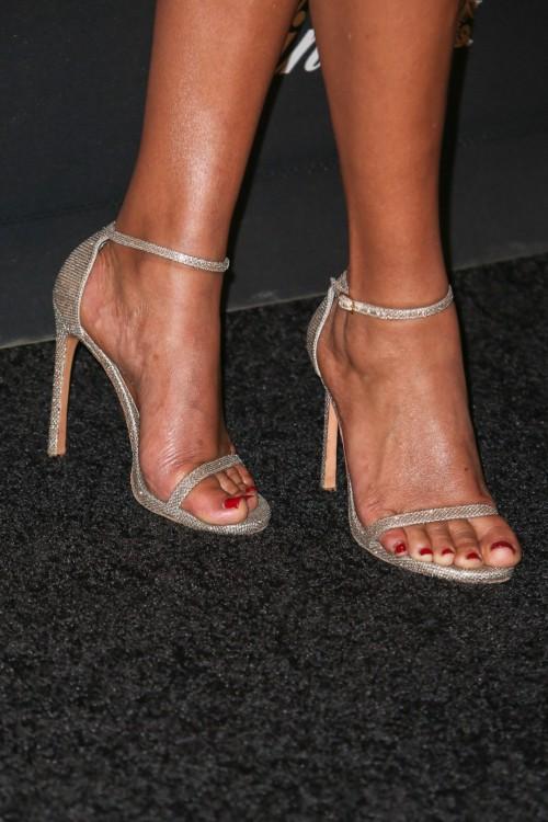 Sanaa-Lathan-Feet-11d5b67906cc3233ea.jpg