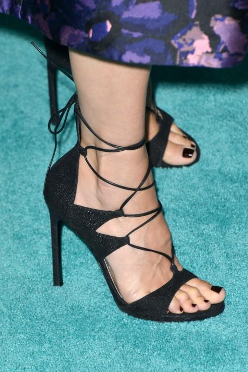 Sandra-Bullock-Feet-12964810dcb9c5599c.jpg