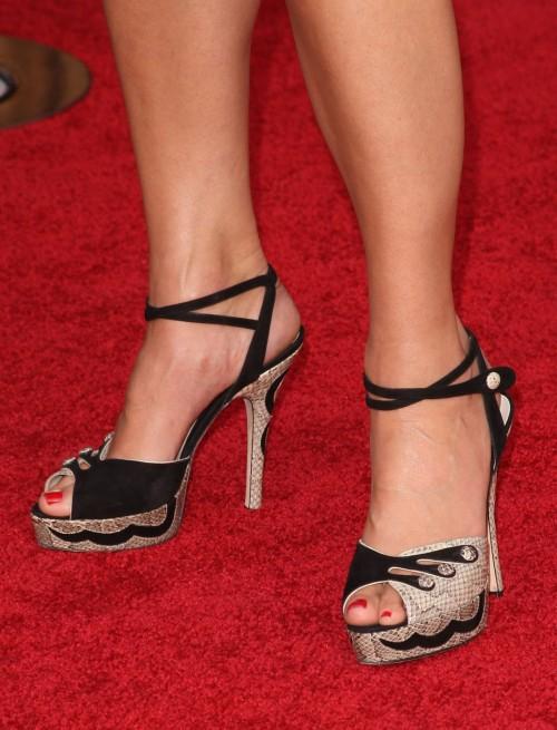 Sandra-Bullock-Feet-58c565d1b3bdaf7f0.jpg