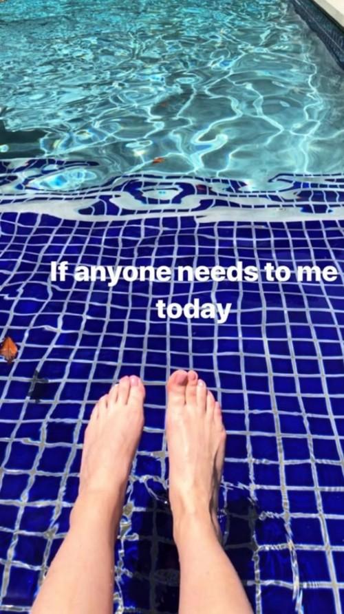 Sarah-Michelle-Gellar-Feet-295f2924de703976b4.jpg