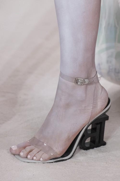 Sasha-Lusss-Feet-251471fa5d0f8861ed1.jpg