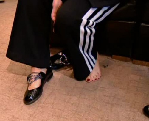 Sharon-Osbourne-Feet-18f4a304131cd649e.jpg
