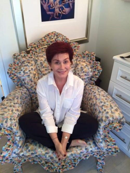 Sharon-Osbourne-Feet-3feaebab51857e2c2.jpg