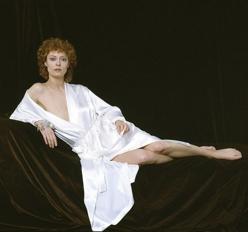 Susan-Sarandon-Feet-3b37479fd7fb9b17a.jpg