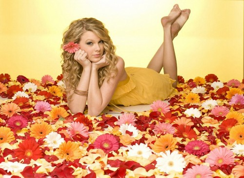 Taylor-Swift-Soles-3222c5d9224b95535.jpg