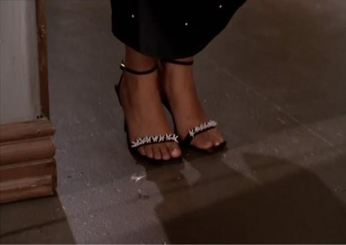 Tiffani-Thiessen-Feet-189b1801d38d9799e1.jpg