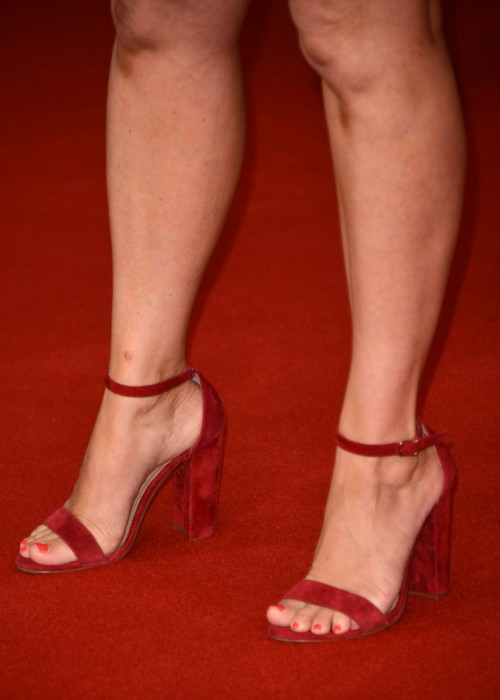 Tiffani-Thiessen-Feet-23b0e3f4946c77bbab.jpg
