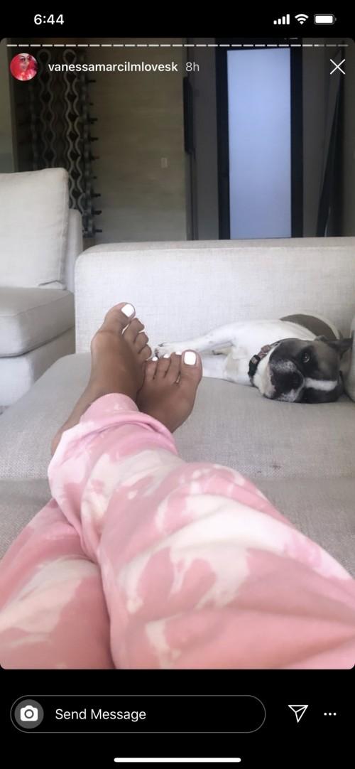 Vanessa-Marcil-Feet-13b8eb396dc90f8a32.jpg