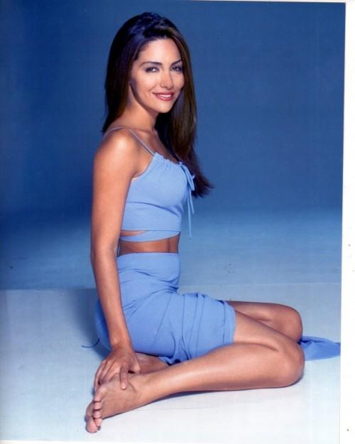 Vanessa-Marcil-Feet-2c545bd2919319d94.jpg