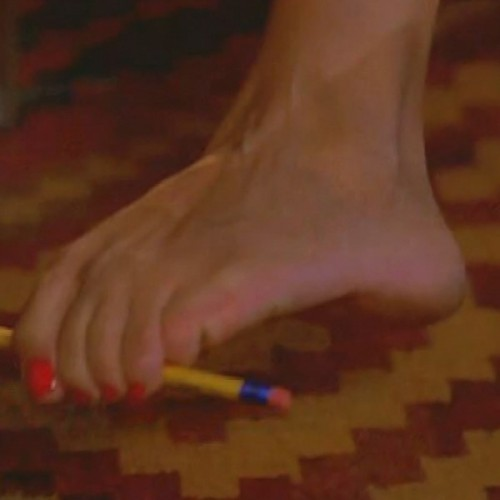 Vanessa-Williams-Feet-4381826d9fad6cc7c.jpg