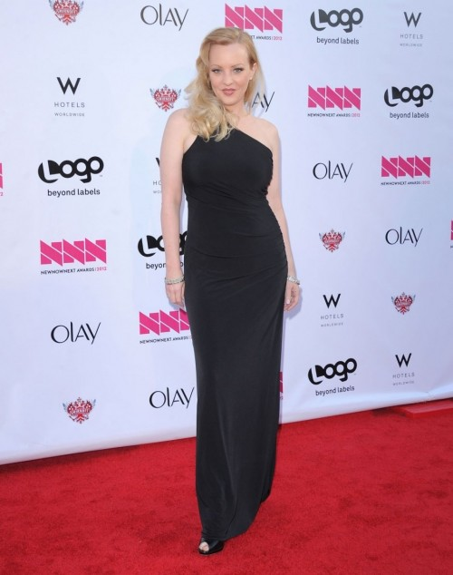 Wendi-McLendon-Covey-feet-71f019b054caa7f742.jpg