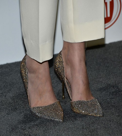 Willa-Hollands-feet-2269989c8b2c214c86b.jpg