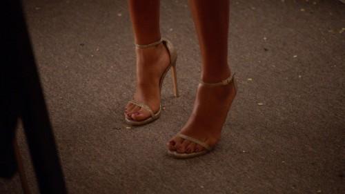 Yara-Shahidi-Feet-4df7be191dc6d8a5a.jpg