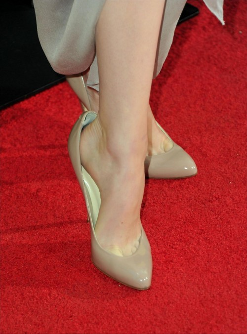 emma_stone_feet_486760_1__by_welshduck_db4qzu4-fullviewd8e623b54b9175f6.jpg